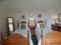 Twin, Kingussie, B&B, shower, PH21 1JS, Highlands