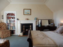 Sleigh bed, Double, B&B, Kingussie, Glengarry, PH21 1JS, Highlands
